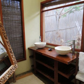 Naara Eco-Lodge Bathroom 2
