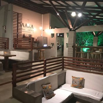 Naara Eco-Lodge Common Area Night