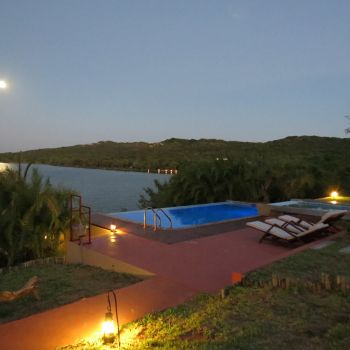 Naara Eco-Lodge Moon and Pool 2